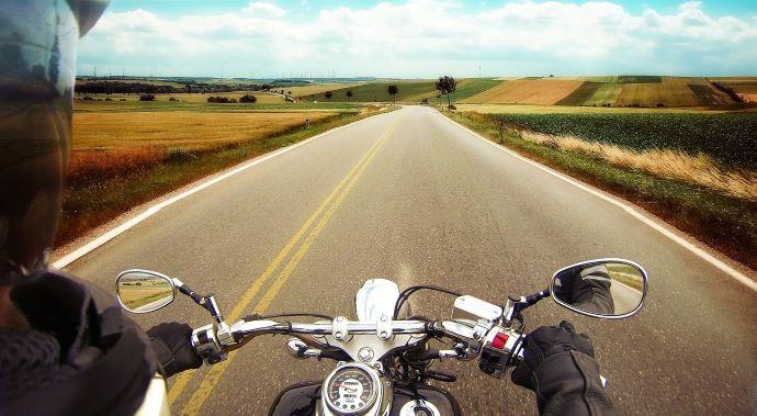 Зачем носить мотоциклетные шлемы?